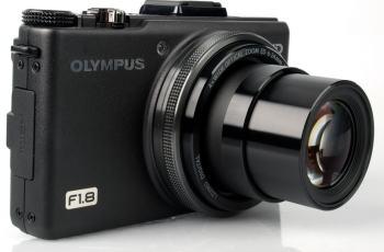 Olympus XZ-1 Manual - camera front side