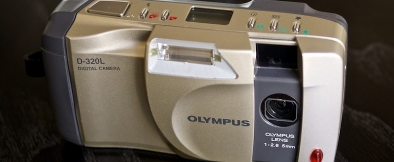 Olympus D-320 L Manual User Guide and Product Specification