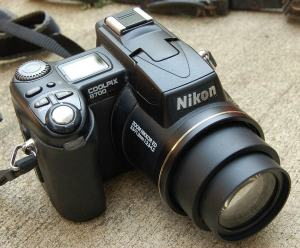 Nikon CoolPix 8700 Manual - camera top side