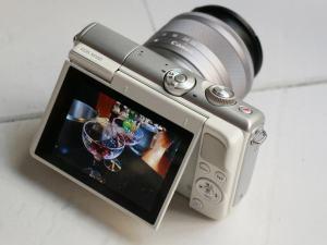 Canon EOS M100 Specs; Rear side