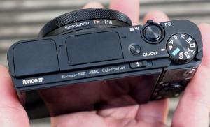 Sony DSC-RX100 IV Manual - top side
