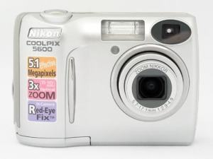 Nikon CoolPix 5600 Manual User Guide and Product Specification