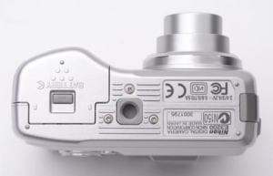 Nikon Coolpix 3200 Manual - camera side