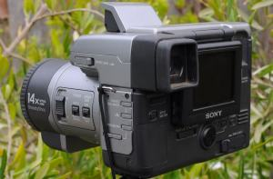 Sony MVC-FD91 Manual - camera rear side