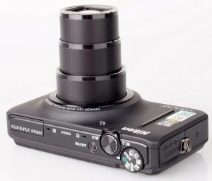 Nikon CoolPix S9200 Manual - camera side