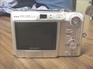Sony DSC W30 Manual - camera rear side