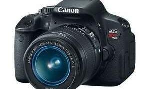The best autofocus DSLR :  Canon EOS 650D