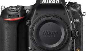 Digital Camera Brand: Nikon D750