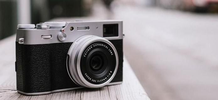 Review of The Advantages of The Latest Fuji Camera, Fujifilm X100V 5