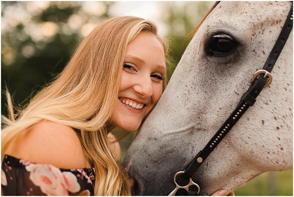 Senior Photography in Chaska Minnesota with horse_0022.jpg