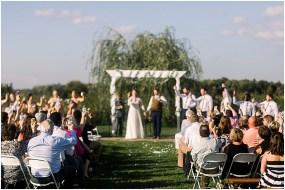 Terra Nue Farm Off beat bride non-traditional outdoor hipster wedding_0102