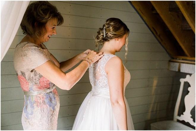 Gathered Oaks Barn Fall Wedding_0029