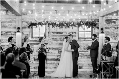 Gathered Oaks Barn Fall Wedding_0146