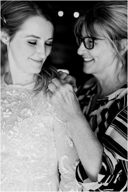 Minneapolis Minnesota Wedding and Engagement Photographer for the Joyful_0078
