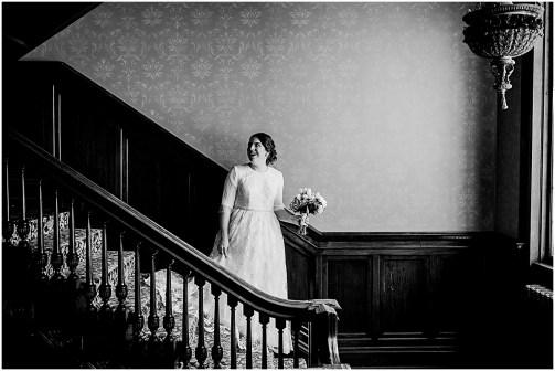 Minneapolis Minnesota Wedding and Engagement Photographer for the Joyful_0100