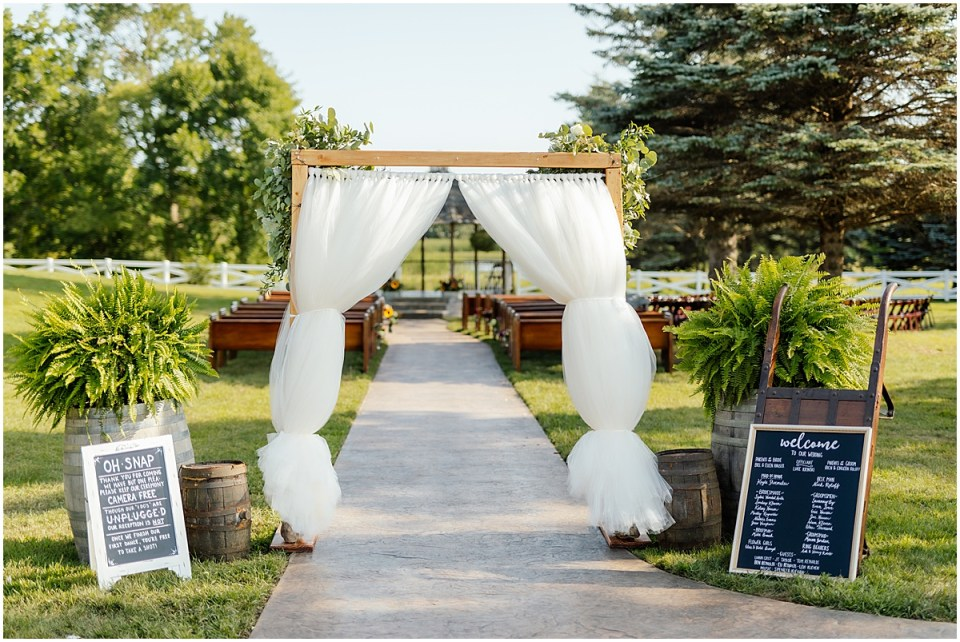 Ceremony at Erickson Farmstead