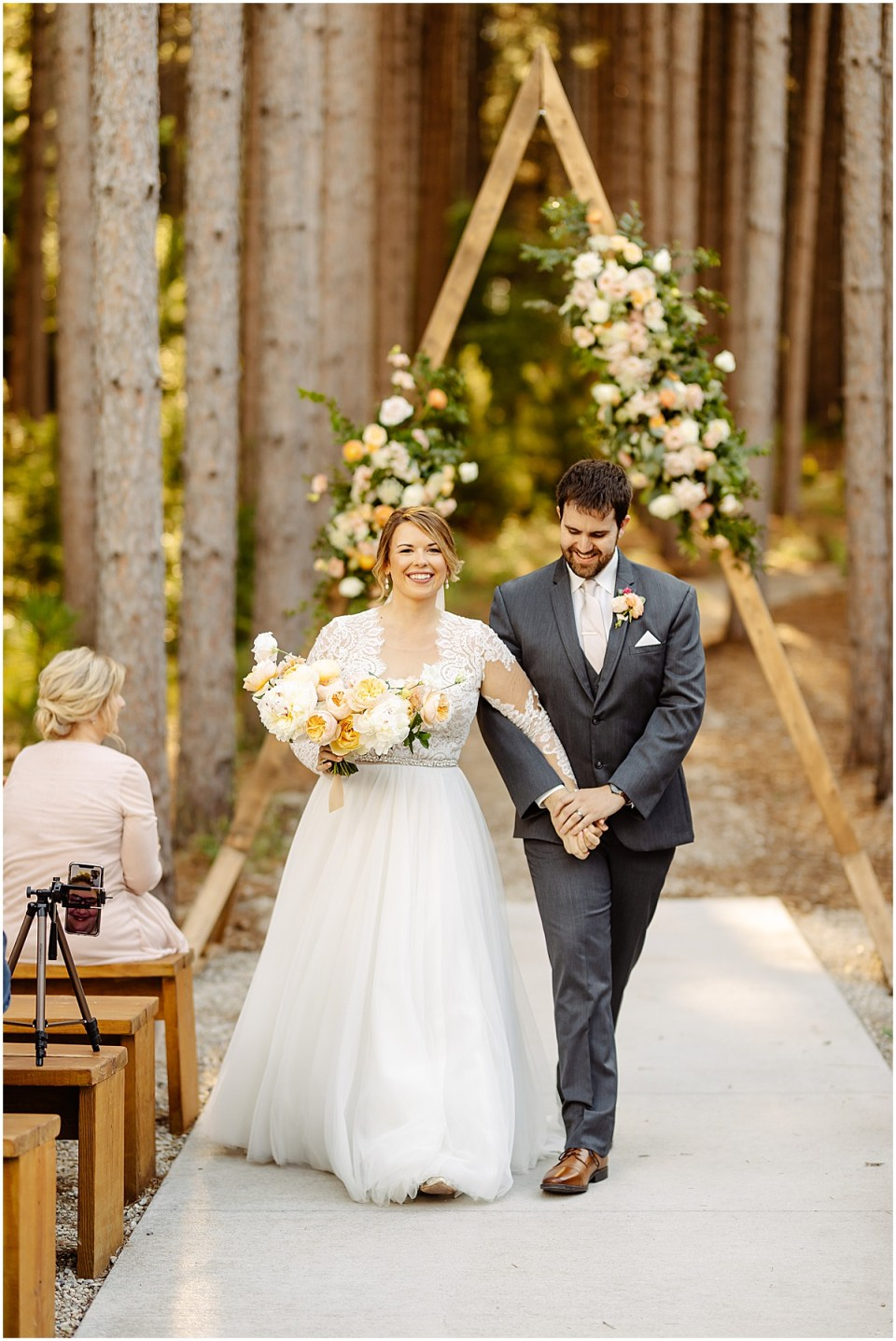 outdoor ceremony aisle at Pinewood Weddings & Events