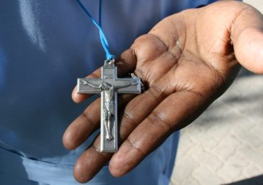 Cameroun : Le prêtre qui mobilise pour chasser le régime Biya