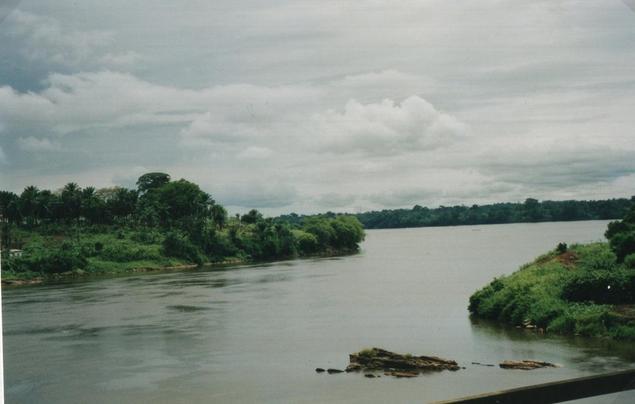 """Cameroun, firme américaine Hydromine et construction du barrage """"Grand Eweng"""" : Chronique d'un affrontement historique annoncé en pays Bassa-Mpoo-bati."""