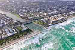 Patterson River from the air - 80kph winds
