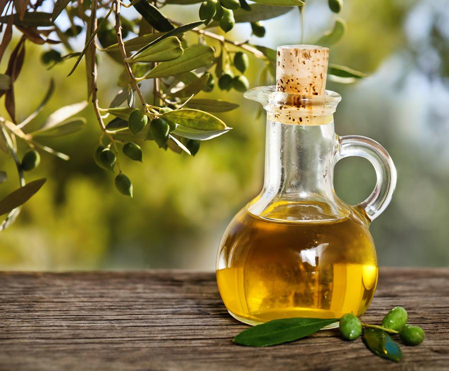 Demaquilantes Caseiros que Vão Facilitar na Hora de Remover a Make camila coelho Azeite de oliva