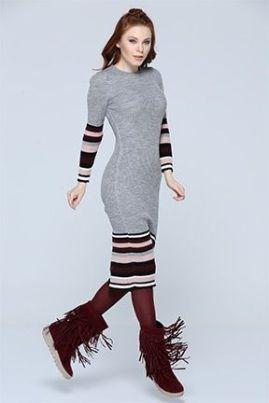 Vestido de trico com a bota com franja!