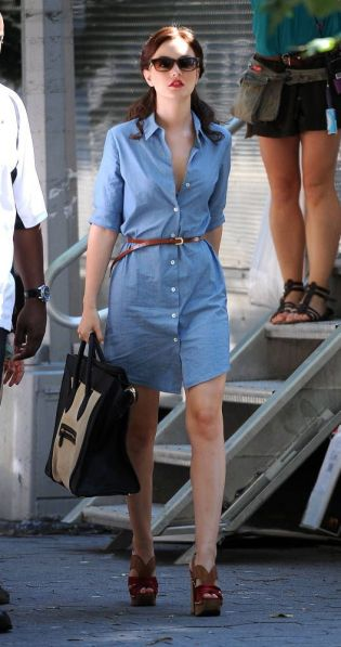 www.coutureid.com/Couture ID/CoutureID/Celebrity Fashion/Fashion Finder/Leighton Meester/Theory Ashleigh/Miu Miu/Designer Shoes/Designer Clothing
