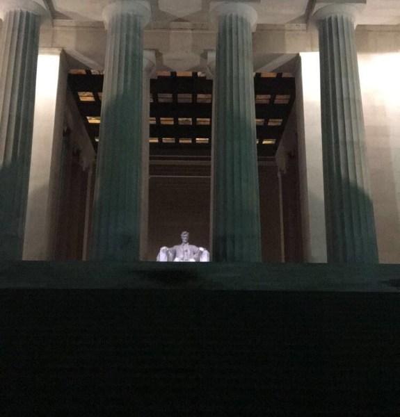 Washington D.C.   Meeting Lincoln at Midnight