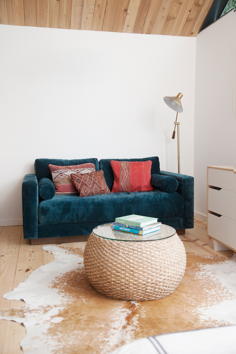 modern, minimal living room