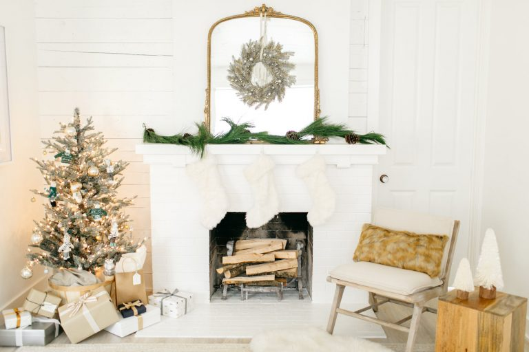 Pretty Christmas Tree Alternatives For Your Small Space