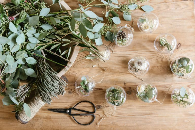Bring The Outdoors In This Christmas With These Easy Diy Ornaments