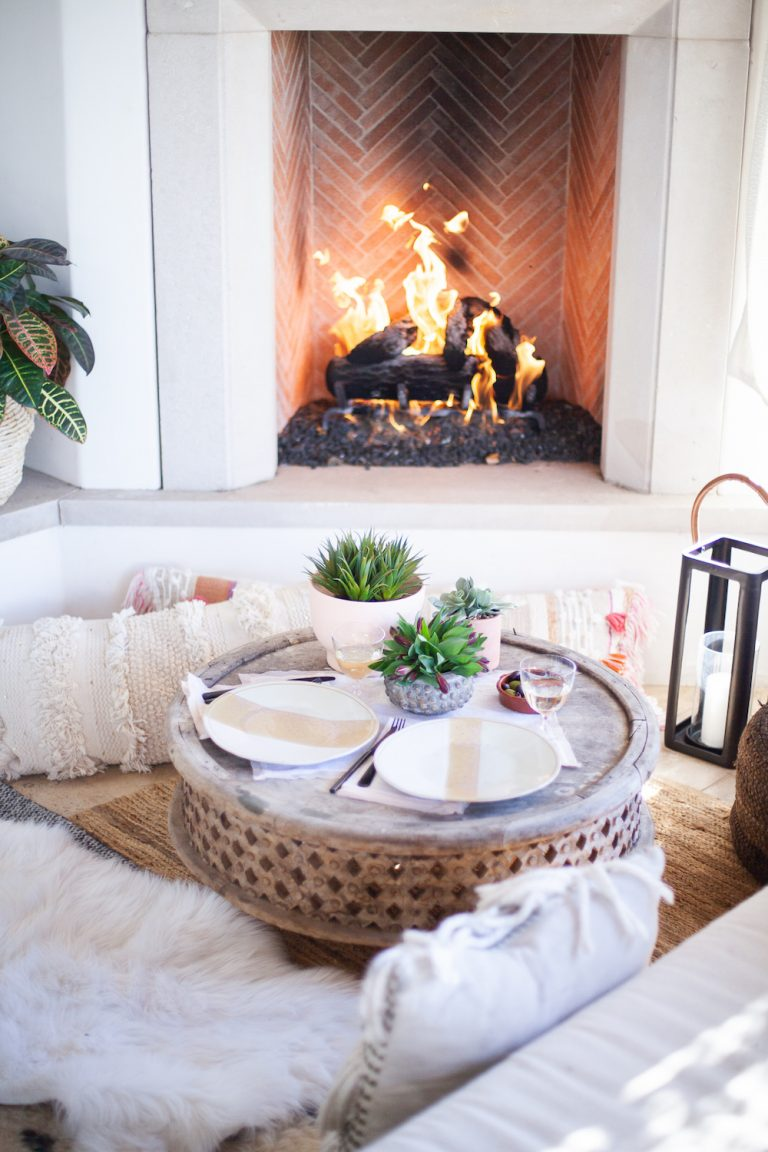 tablesetting ideas for a valentine's date night at home