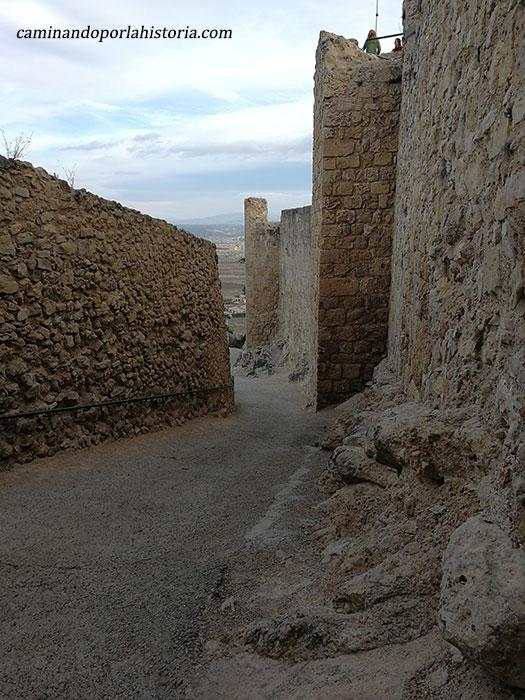 Rampa de acceso al castillo