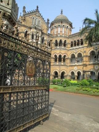Mumbai (115)