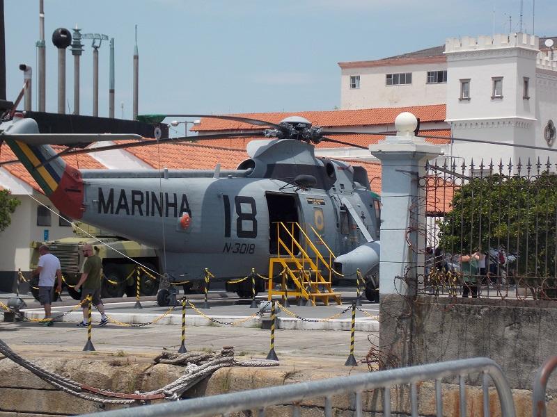 conhecendo o centro foto de helicoptero da marinha - Museu do Amanhã e centro do Rio de janeiro. Lindo.