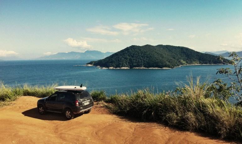 SUP no caminho da praia deserta