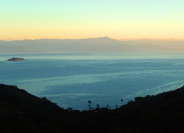 Pouso da Cajaíba, em outra foto feita pelo meu irmão, da trilha que leva à Martim de Sá