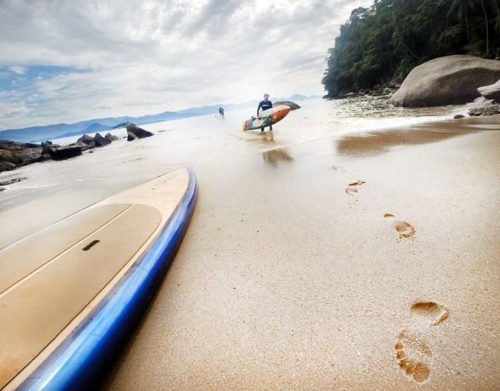 Chegando na Praia do Leste da Ilha Anchieta