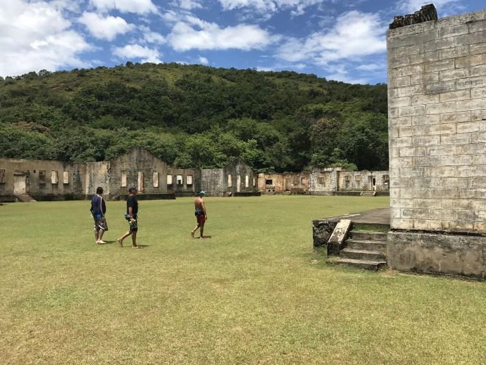 Ruínas do presídio da Ilha Anchieta, em Ubatuba - SP