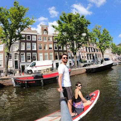 Nos Canais de Amsterdã