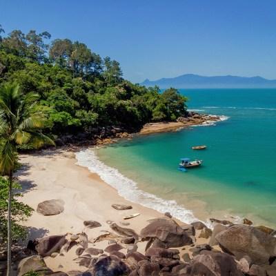 Aventura de SUP nas Praias Mais Limpas