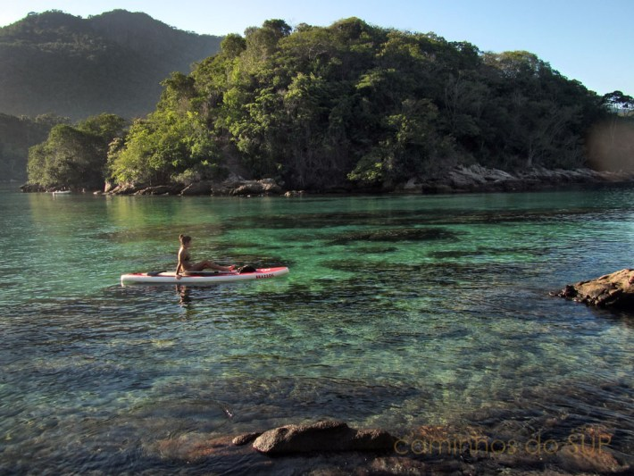 08-stand-up-paddle-na-lagoa-azul