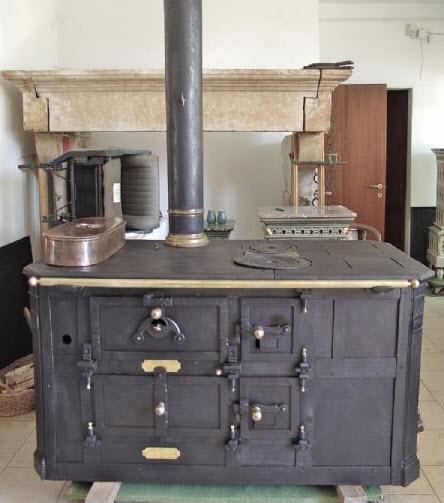 Cucina A Legna Antica In Muratura.Cucina Economica A Legna Antica