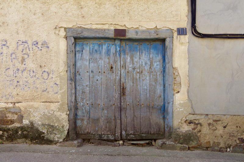 スエ青いドア2