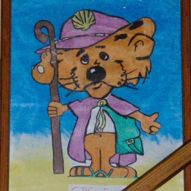 515カミーノ キャラクター マンリー アルベルゲクマ サンティアゴ巡礼