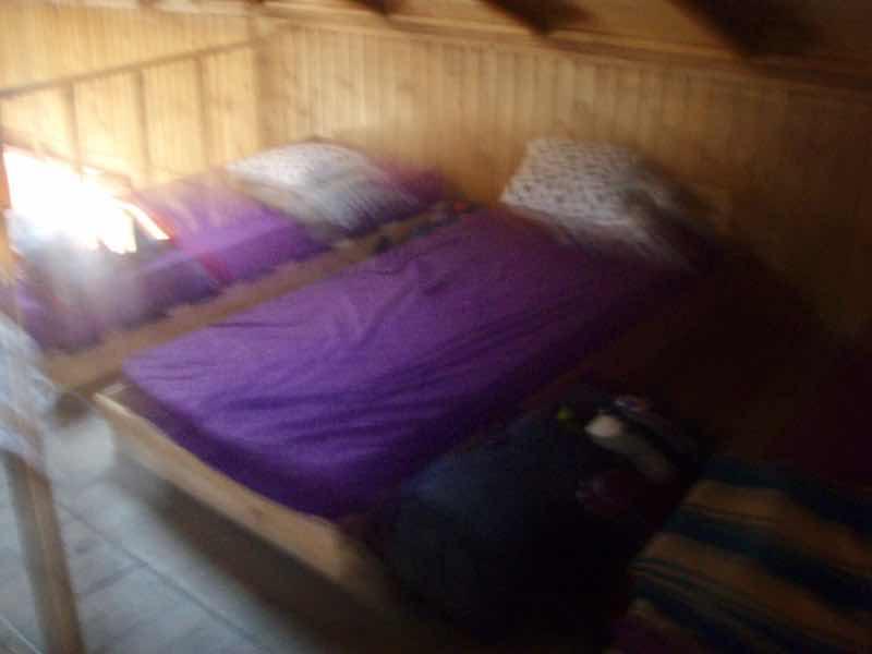 522カミーノ マンハリン小屋 ベッド サンティアゴ巡礼