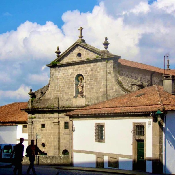 606 Santiago church 壁マリア