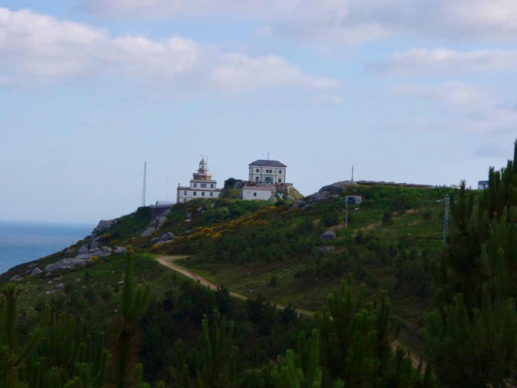 612 fisterra sunset サンティアゴ巡礼 フェロー岬山 灯台