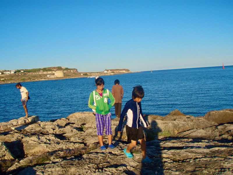 618メノルカ島 岩場Menorca12ph
