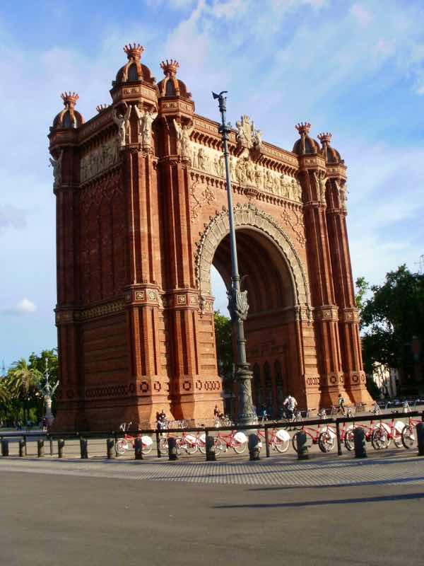 616 バルセロナ凱旋門